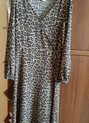 Платье  на   запах ,  леопардовый  принт