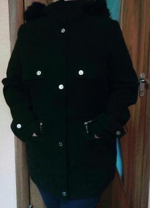 Демисезонное пальто/удлиненная куртка с капюшоном большого размера