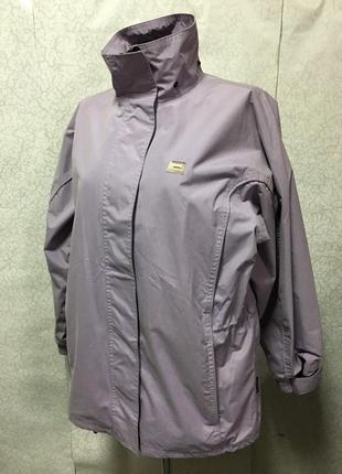 Куртка вітровка жіноча