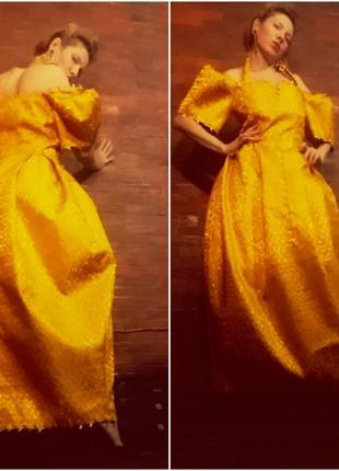 Золотое вечернее платье2 фото