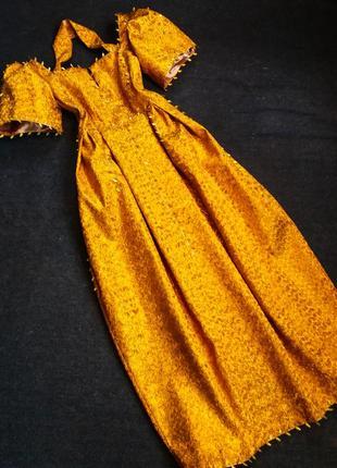 Золотое вечернее платье4 фото