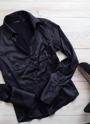 Атласна блуза