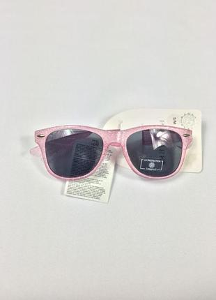 Фирменные солнцезащитные очки с полной uv защитой primark