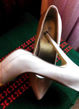 Акция!..туфли на высоком каблуке от бренда call it spring . милан.