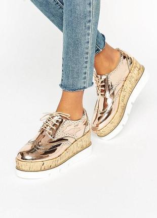 Золотые туфли лоферы на платформе асос asos