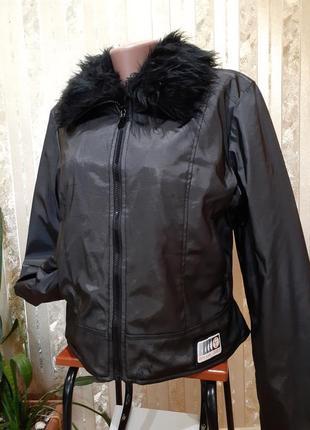 Куртка city life утепленная на флисе антидождь с меховым воротником курточка