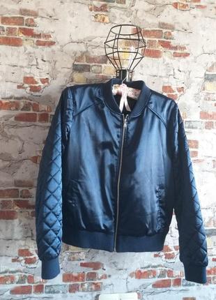 Бомбер,весенняя куртка атлас