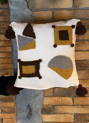 Стильная декоративная подушка из льна