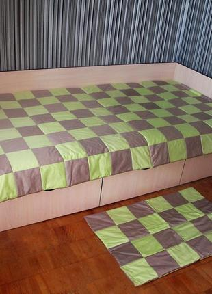 Лоскутное двухцветное покрывало порох - салатовый 120х205. коврик в подарок