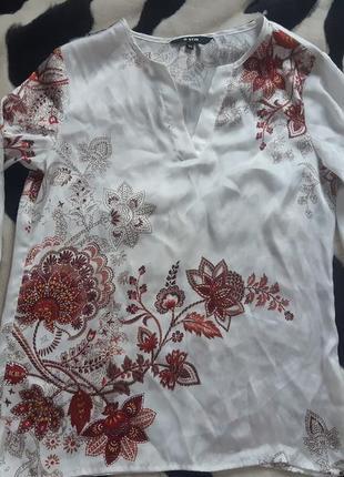Нежная блуза в принт