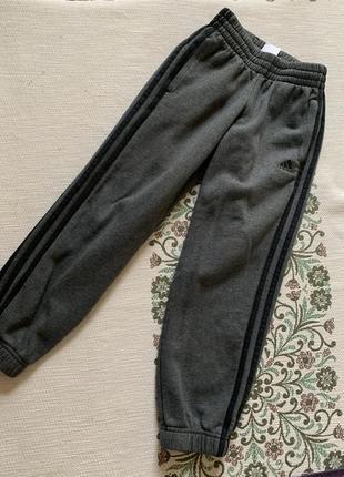 Утеплённые спортивные штаны { оригинал} 7-8 лет