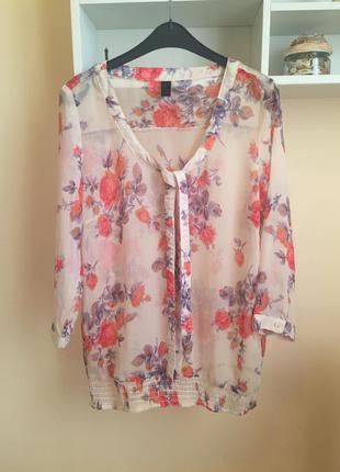 Шифоновая блуза в цветочный принт