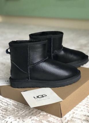 Женские кожаные чёрные угги ugg !  распродажа последних размеров sele