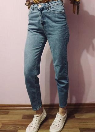 Mom джинсы bershka