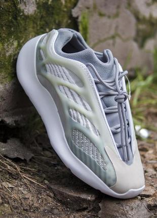 Кроссовки adidas yeezy 700 v3 grey green кросівки