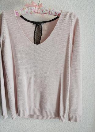 Пудровый свитер с люрексовой нитью, в составе вискоза и ангора