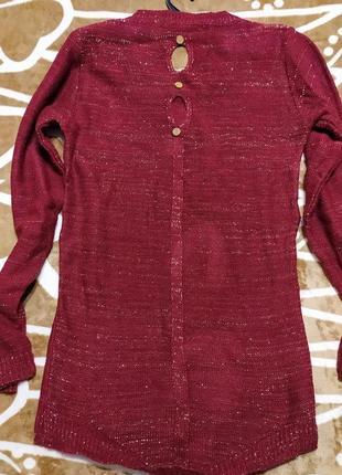 Праздничный вязаный свитер для красивой девушки2 фото