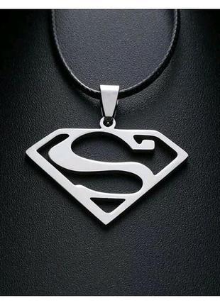 Кулон супермен