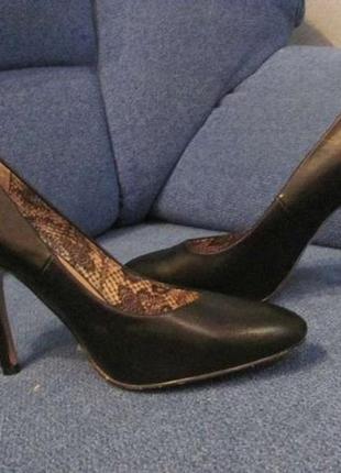 Туфли новые р. 38