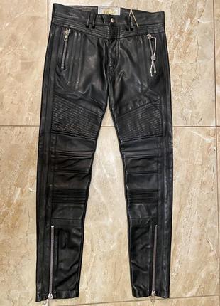 Кожаные брюки  {италия}