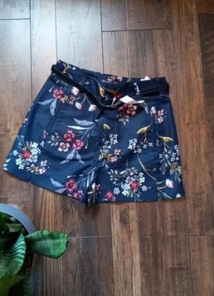 Распродажа шикарные шорты
