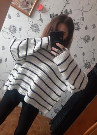 Теплый свитер oversize