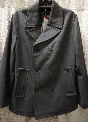 Шикарное полупальто серого цвета, размеры 50 и 52