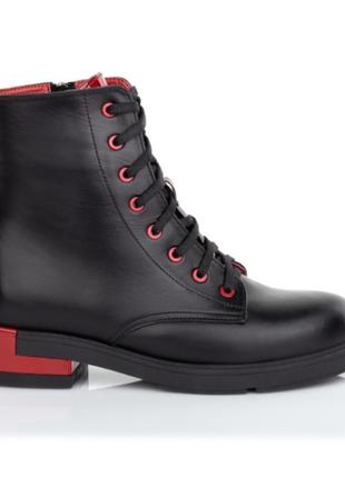 Якісне шкіряне взуття від виробника