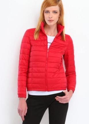 Куртка жіноча червона (красная),демисезонна ,весгяна,синтепон
