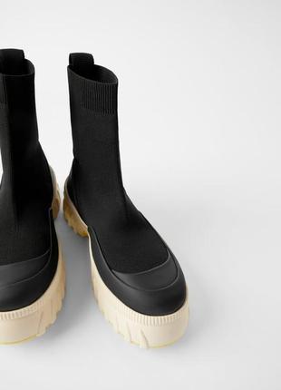 В наявності круті кросівки / кроссовки хайтопи ботинки  zara sock style - 36/38/39