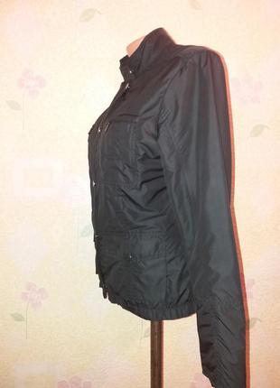 Стильная куртка ветровка от zara м-л3