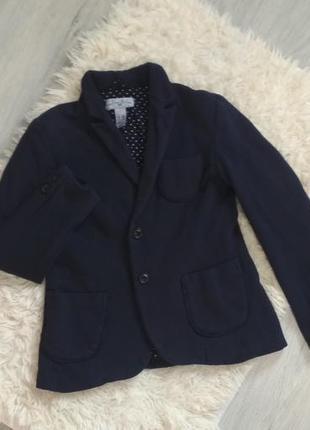 Пиджак  zara на девочку на рост 130- 140 см