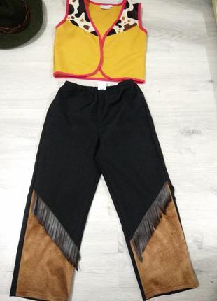 Карнавальный костюм ковбоя.