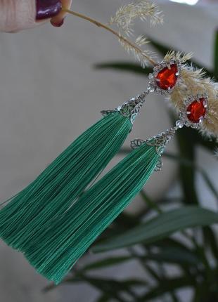 Клипсы - кисти зеленые  ′тюльпан′