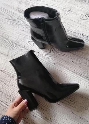 Крутые ботиночки на блочном каблуке
