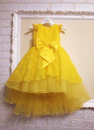 Детское жёлтое нарядное платье