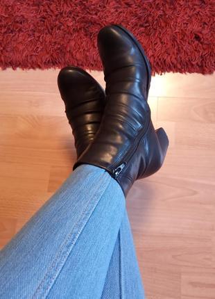 Словакия,шикарные,красивые,кожаные ботинки,сапожки,полусапоги,полусапожки,ботильоны