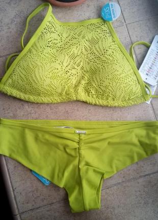 Раздельный купальник топ и трусы бразильское бикини