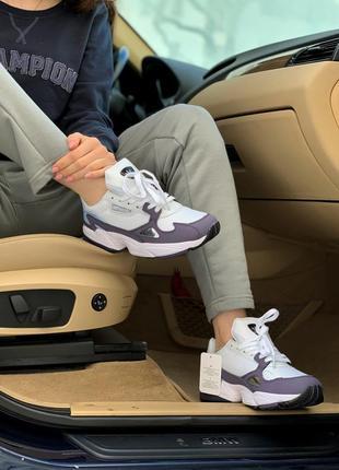 Новые женские кроссовки демисезон белые adidas falcon