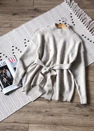Стильний светр від tu