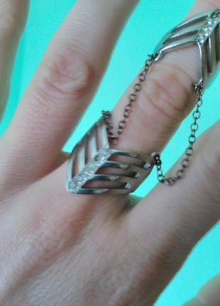 Двойное кольцо,регулируемый размер.