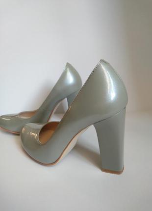Перламутровые туфли