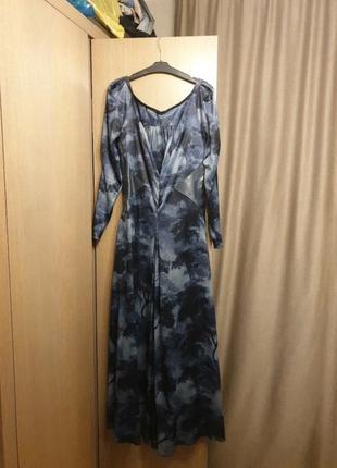 Лёгкое, летящее платье