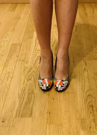 Очень необычные туфельки ed hardy оригинал5 фото