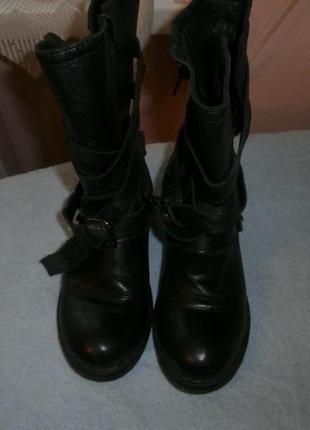 Ботинки модные стильные