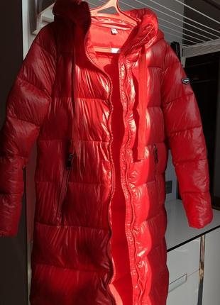 Пальто с капюшоном моднявая куртка на синтепоне s/m 44