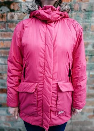 Женская куртка helly hansen оригинал в хорошем состоянии