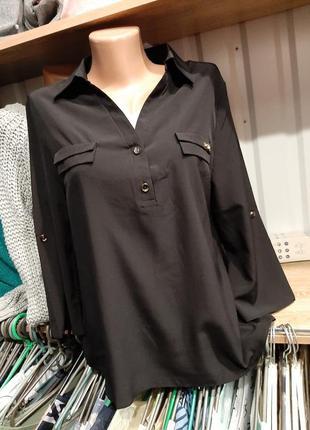 Черная блуза с воротником