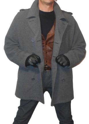 Полу пальто - бушлат.большого размера.