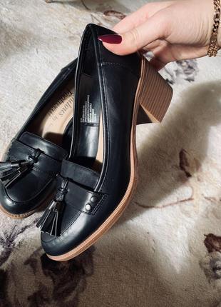 Мокасины туфли лоферы с кисточками